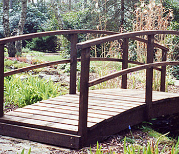 Small Garden Bridge by Berkshire Log Stores